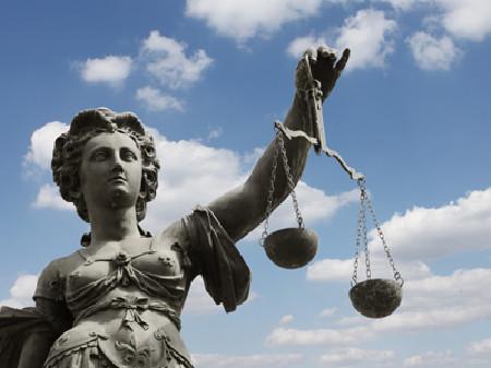Entscheidung des Obersten Gerichtshofs - AK hat Recht bekommen! © liveostockimages, Fotolia