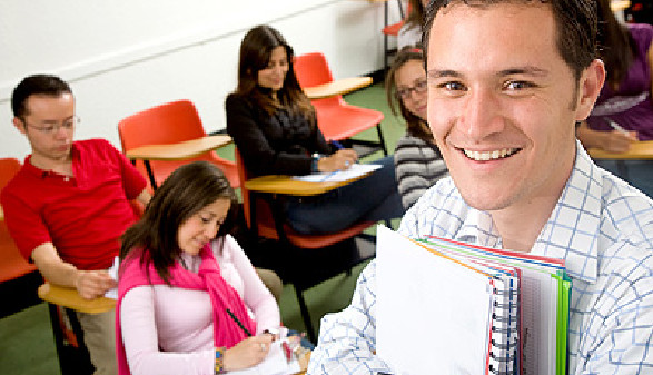 Erwachsenenbildung © Andres Rodriguez, Fotolia.com