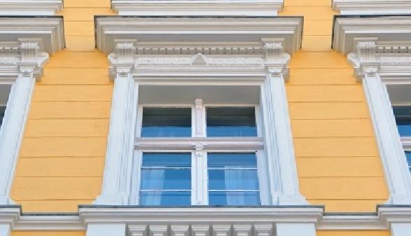 Ein typischer Wiener Altbau - Zu hohe Mieten machen das Wohnen kaum noch leistbar! © Kalle Kolodziej, Fotolia